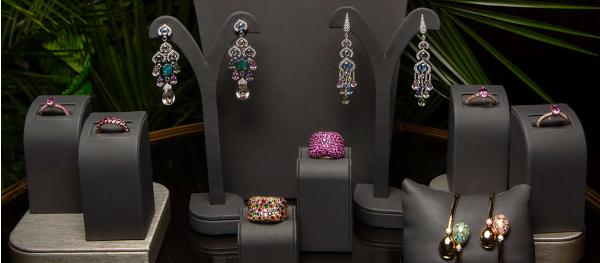 Презентація колекції прикрас The Colours of Love Cosmic Curve від Fabergé у ресторані Alaska