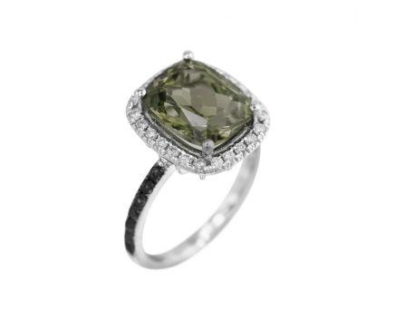 Кольцо с бриллиантами и молдавит